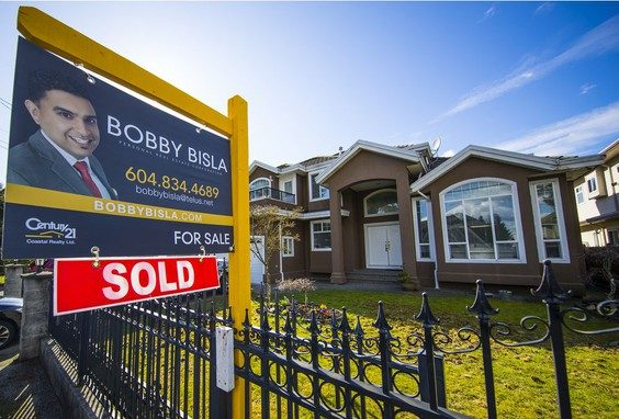 In Canada, South Asians four times as likely to buy a home